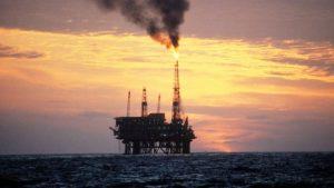 El precio del petróleo crudo rompe el soporte, se desmorona a un nuevo mínimo de 14 meses